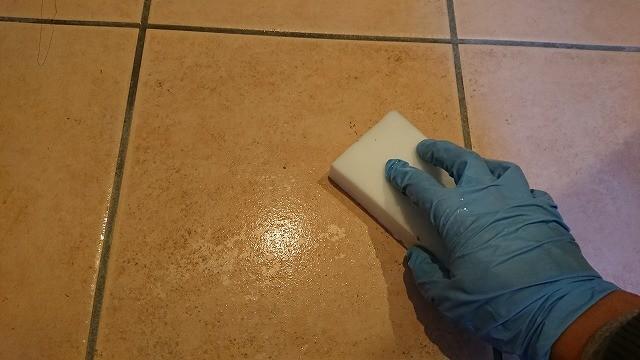 掃除 玄関 タイル